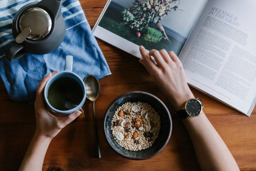 Reading with coffee and oatmeal